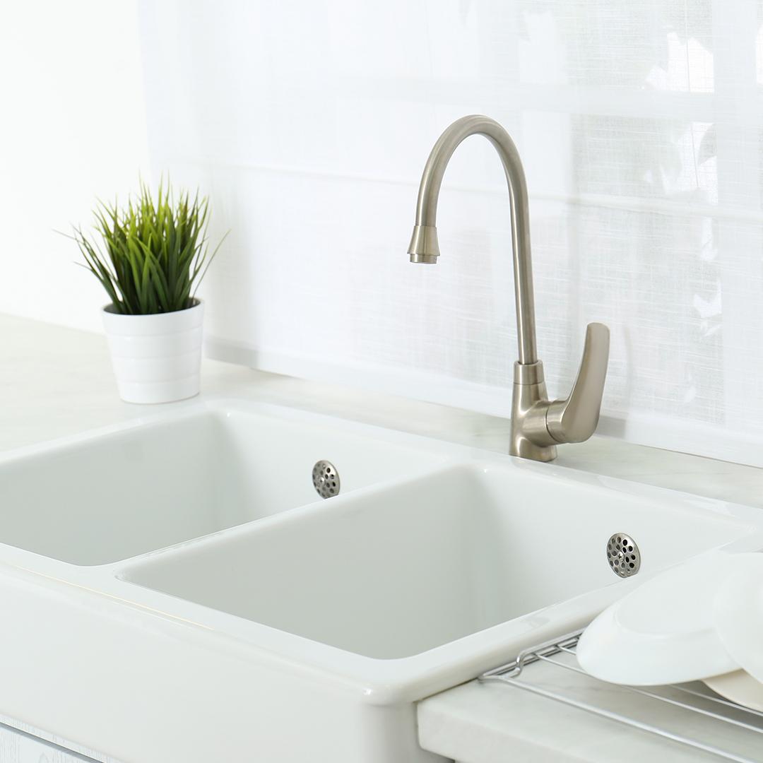 clogs, household clogs, kitchen sink clogs, drain clogs, shower drain clogs, toilet clogs, plumbing issues